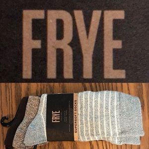 Frye Super Soft Crew Socks